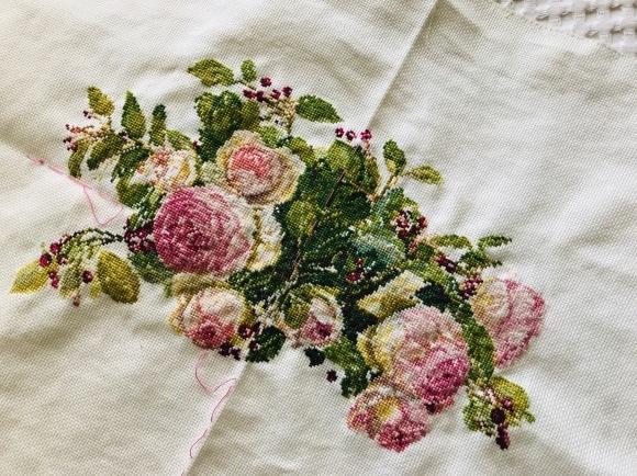 庭のバラが満開♪そして刺繍♪_d0129786_18203986.jpg