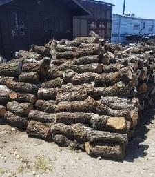 薪の準備がしてありました。_a0045293_15530847.jpg