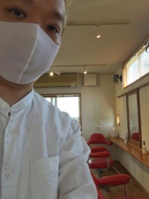薄手のマスクは涼しいかな?_c0083072_13594195.jpg