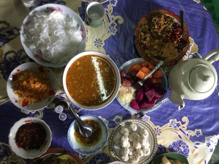 ミャンマー人の家族のあり方_b0355085_15064286.jpg