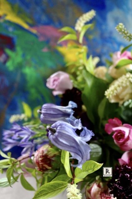ジャーマンアイリスや芍薬サラベルナールも優雅に  「季節のお花便り」_c0128489_15265977.jpeg