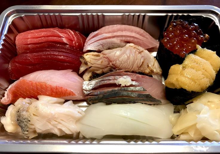 「魚男・磨き」のお寿司とシャンパーニュ♪_c0212604_13255243.jpg