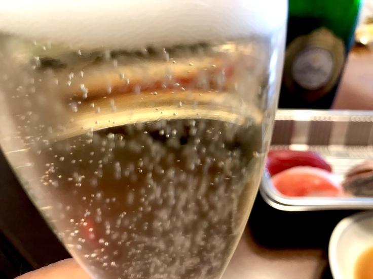 「魚男・磨き」のお寿司とシャンパーニュ♪_c0212604_13274731.jpg