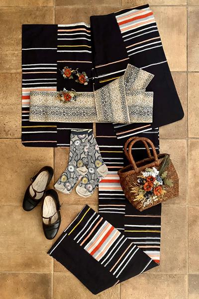 梅雨時の洋装Mixスタイル!銘仙の着物に靴をコーディネート_e0333647_17332563.jpg