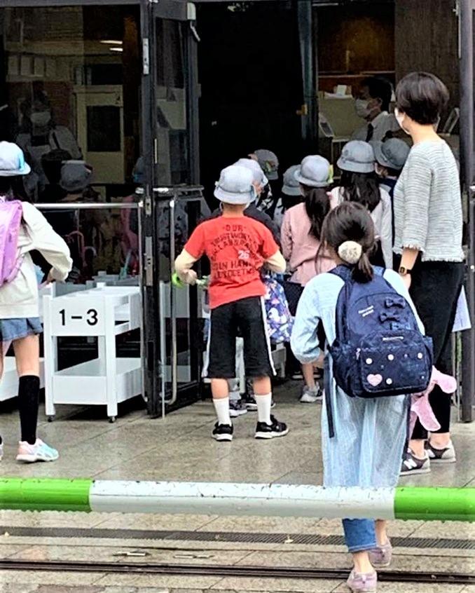 コロナウイルス:男女別登校_c0166264_10325481.jpg