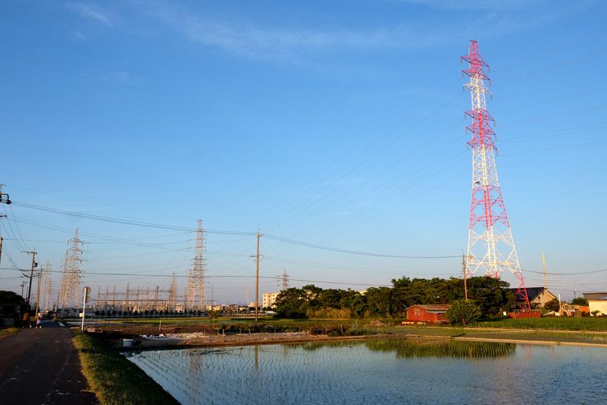 水田と鉄塔と・・・過去写真から_e0243382_07173466.jpg