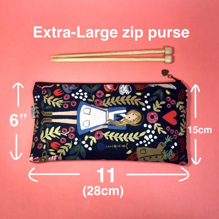 不思議の国のアリスのバッグシリーズ_b0130809_01375505.jpg