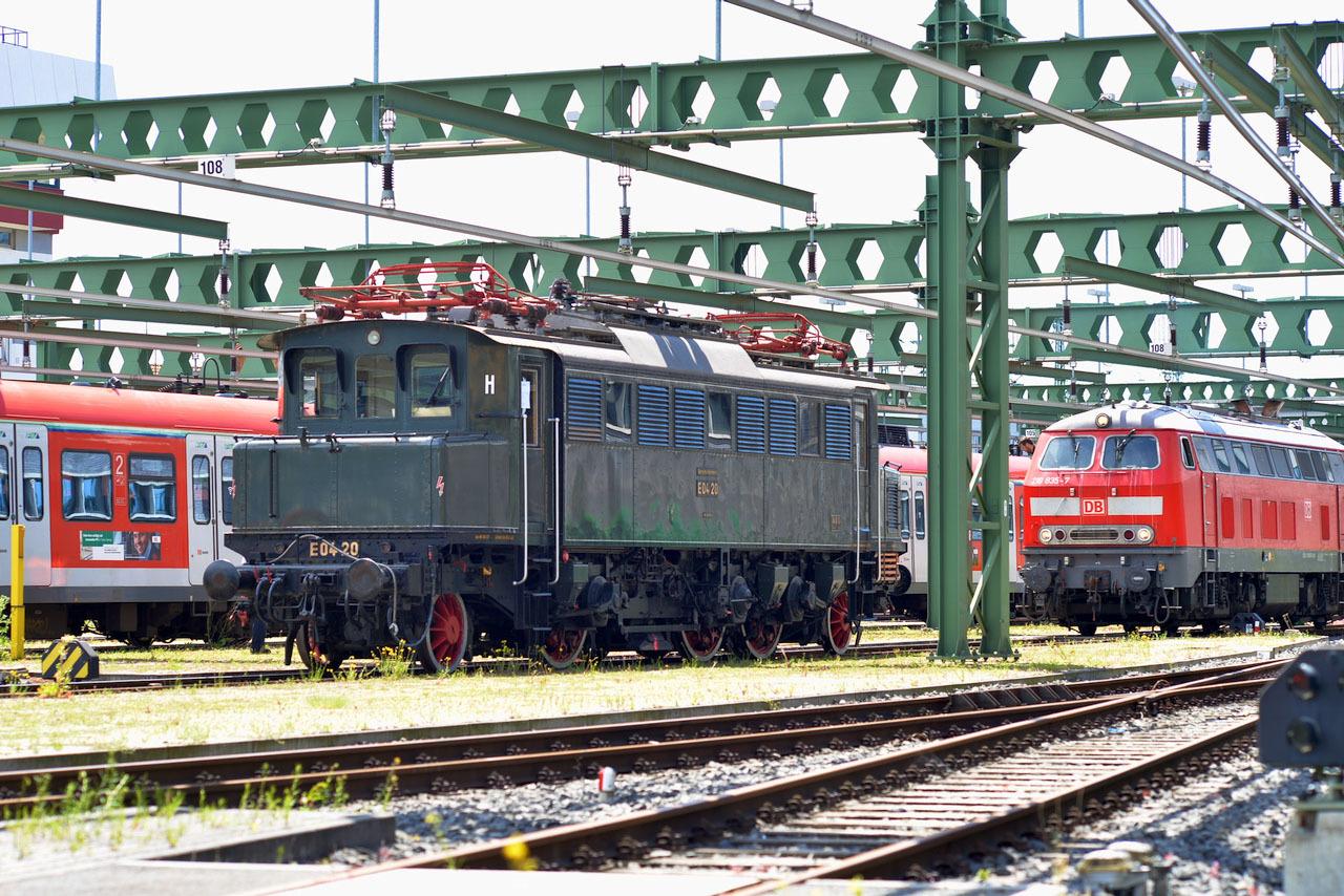 鉄道車輌の DIN いまむかし_e0175918_00402245.jpeg