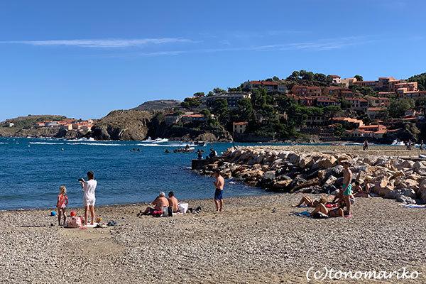 今年の夏はいつもより混雑するのかな?!南仏の海辺の町「コリウール」_c0024345_21350139.jpg