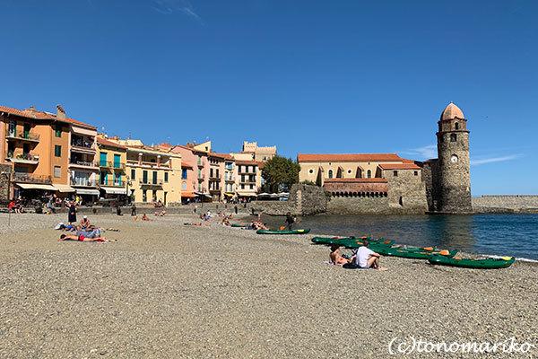 今年の夏はいつもより混雑するのかな?!南仏の海辺の町「コリウール」_c0024345_21350166.jpg