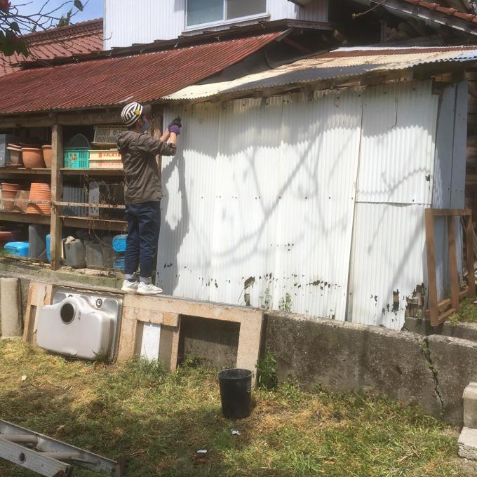 南側の納屋。その3。いや、ほんとオンボロ‥_f0182246_21032880.jpg