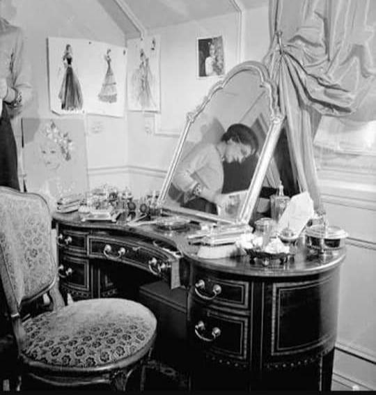 印象美な大人がつくる、 Petit Atelier & Studio_e0334462_20333126.jpg