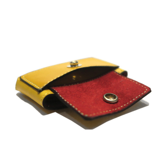 "JUTTA NEUMANN \""Minimal Wallets\""_d0187983_20375546.jpg"
