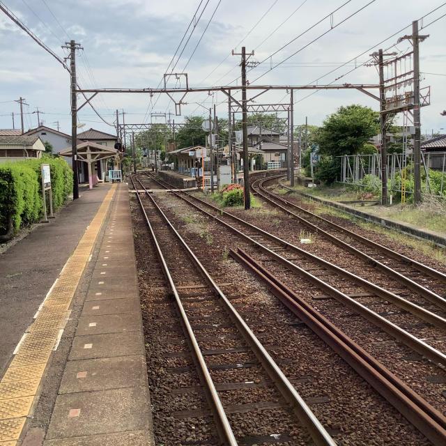 古い駅で次の列車を待つ。いや、この感覚は現存するからこそだ。_a0334793_13463404.jpg