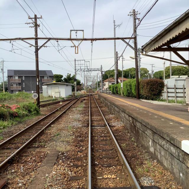 古い駅で次の列車を待つ。いや、この感覚は現存するからこそだ。_a0334793_13465230.jpg