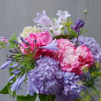オークリーフ(バラParisと紫陽花のアレンジメント)_f0049672_15145354.jpg
