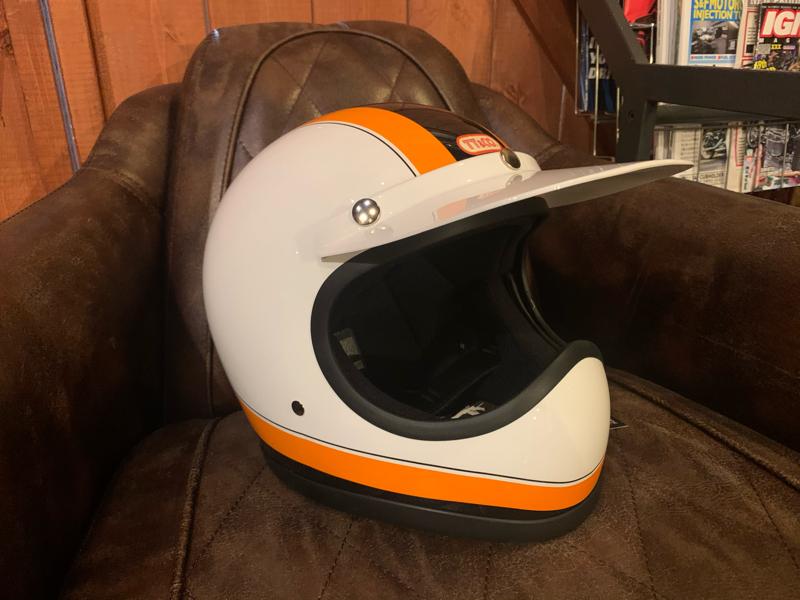 TT&CO製ヘルメット_d0348774_08293569.jpg