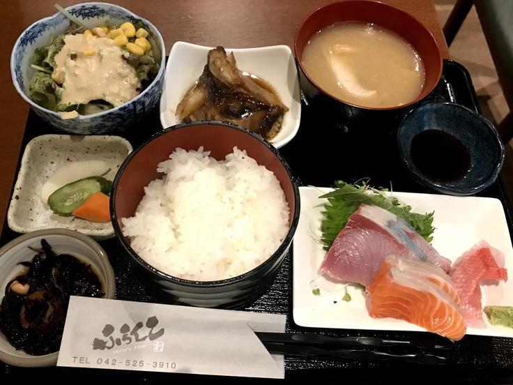 銀ダラカマ煮と刺し身三点定食@ふらんこ(立川)_c0212604_12381641.jpg