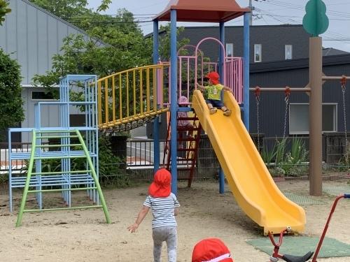 幼稚園が始まりました_c0107515_15432281.jpeg