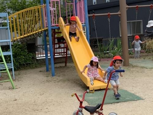 幼稚園が始まりました_c0107515_15440882.jpeg