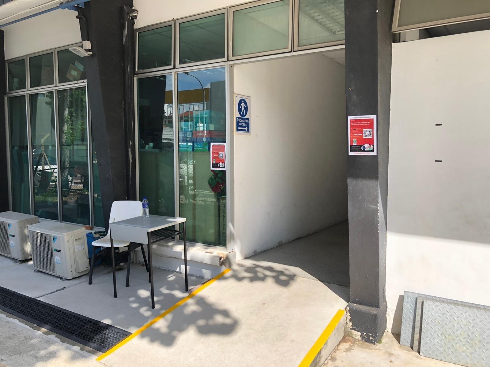 MRT Mountbatten 駅から幼稚園までの道順_a0318155_15552798.jpg