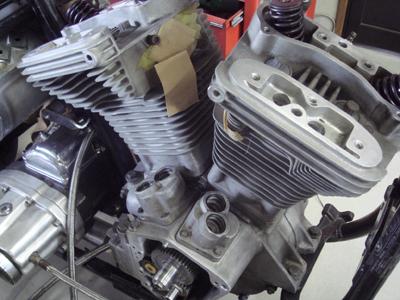 ハーレ−のエンジンの事_c0404676_13450563.jpg