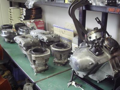 ハーレ−のエンジンの事_c0404676_13450566.jpg