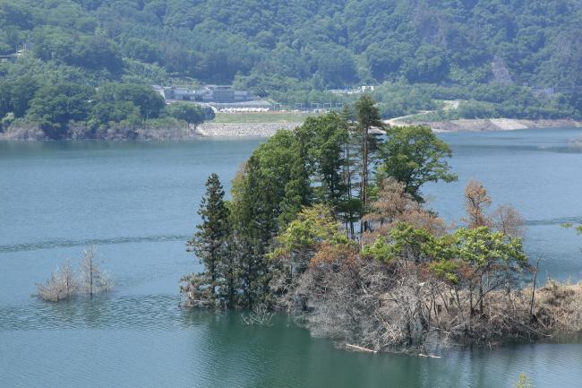 水を湛えた八ッ場ダムと沈んだ風景 #1 _a0357206_21341352.jpg