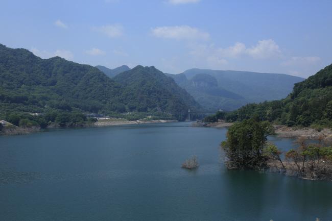 水を湛えた八ッ場ダムと沈んだ風景 #1 _a0357206_21341929.jpg