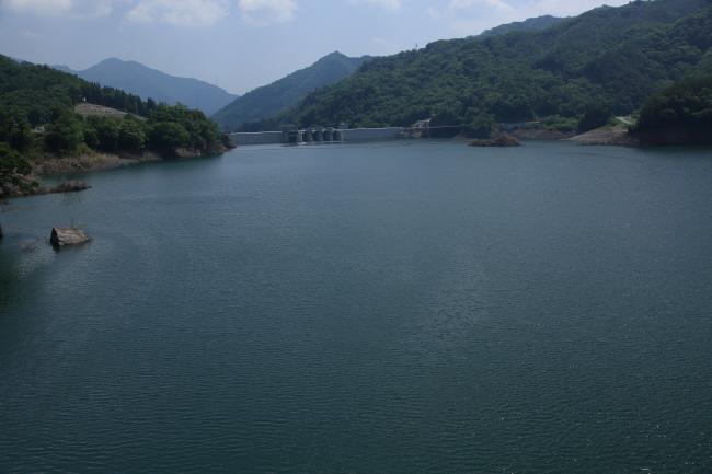 水を湛えた八ッ場ダムと沈んだ風景 #1 _a0357206_21345339.jpg