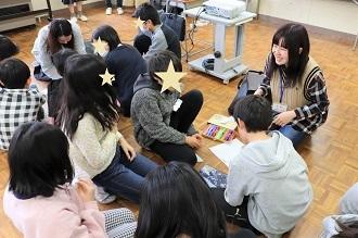新潟市立五十嵐小学校においてワークショップを行いました_c0167632_12481782.jpg