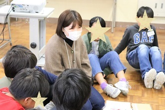 新潟市立五十嵐小学校においてワークショップを行いました_c0167632_13550934.jpg