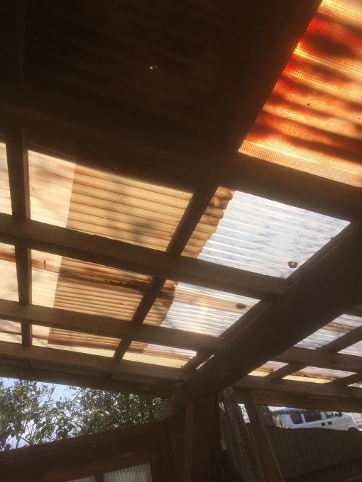 南側の納屋。その4。屋根です。_f0182246_21044856.jpg