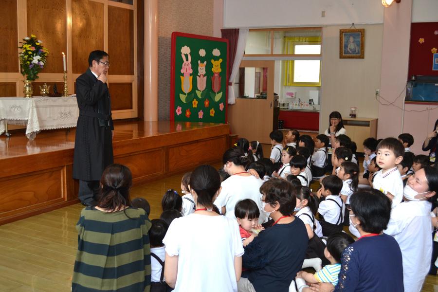 上宮第一幼稚園「花まつり」_d0353789_14283091.jpg
