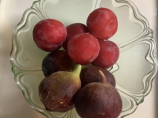 フルーツを見ると…つい_b0210699_01004234.jpeg