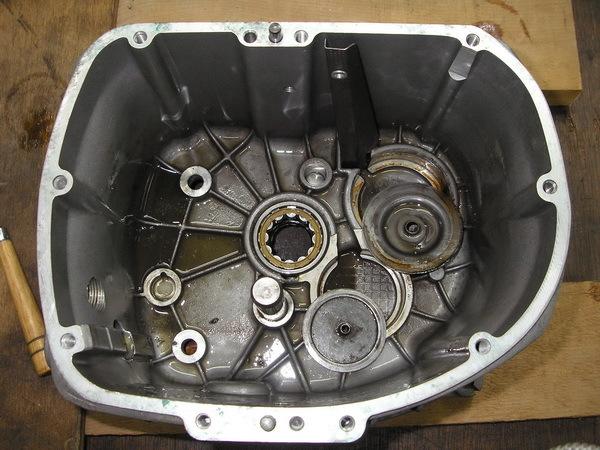 BMW R100GS  ミッションとファイナルドライブのOH_e0218639_11060715.jpg
