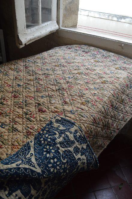 18世紀の初期更紗は アンディエンヌの天然染色 _b0346275_07020227.jpg