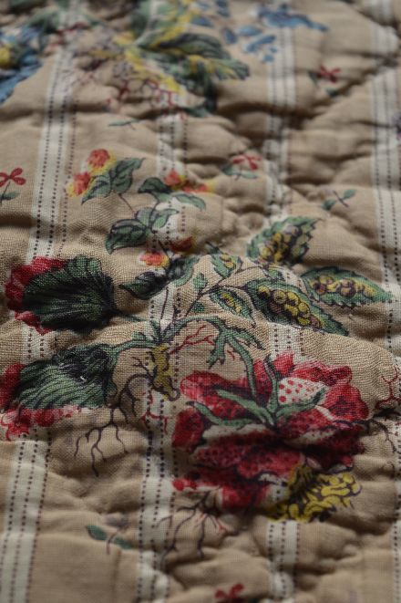18世紀の初期更紗は アンディエンヌの天然染色 _b0346275_07044800.jpg