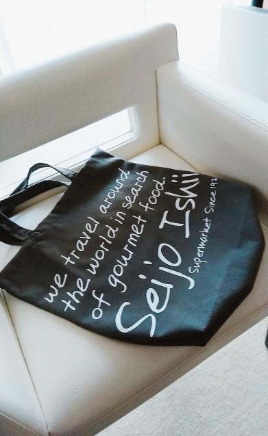 今年初めて買ったバッグです_a0106989_10111279.jpg