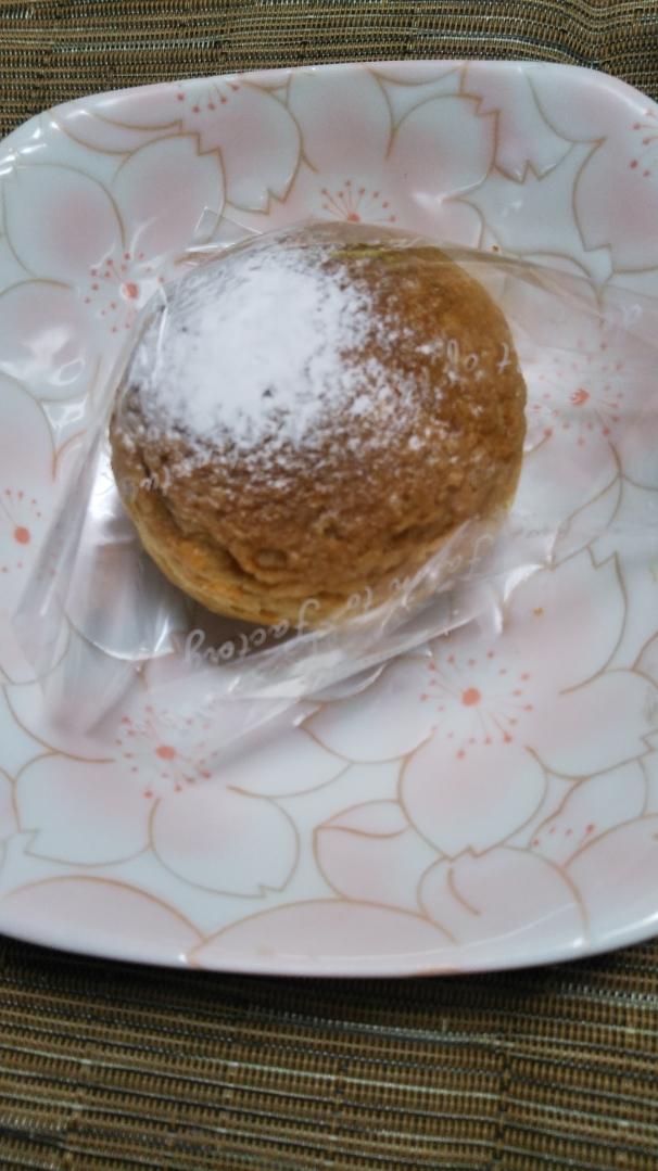 シャトレーゼ ケーキ4種&アイス1種_f0076001_19414975.jpg