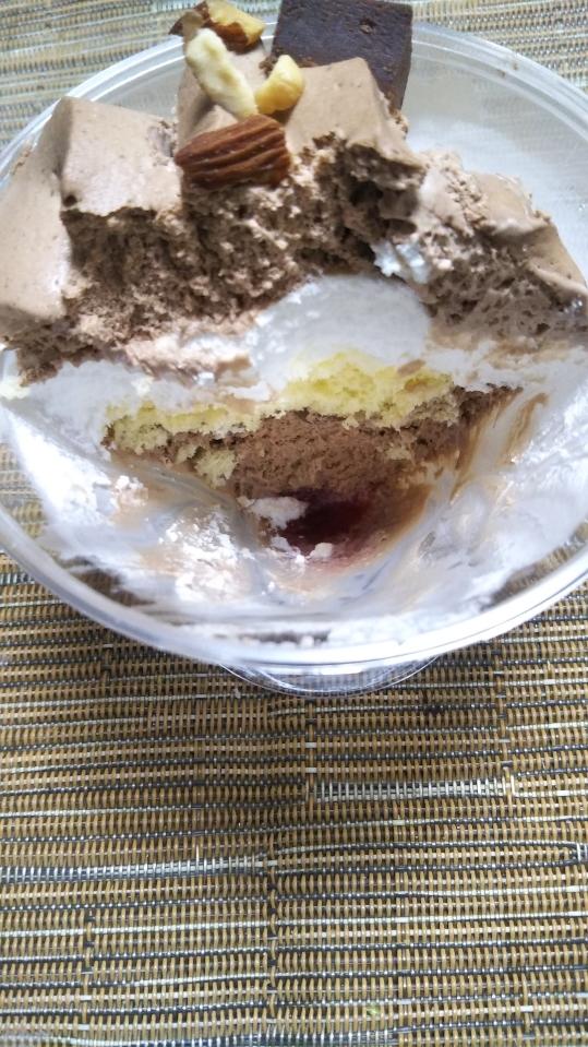 シャトレーゼ ケーキ4種&アイス1種_f0076001_19432025.jpg