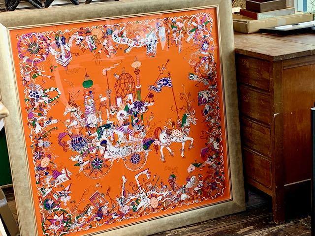 エルメスのスカーフ額装は「コロナ解放の窓」_a0077203_16593809.jpeg
