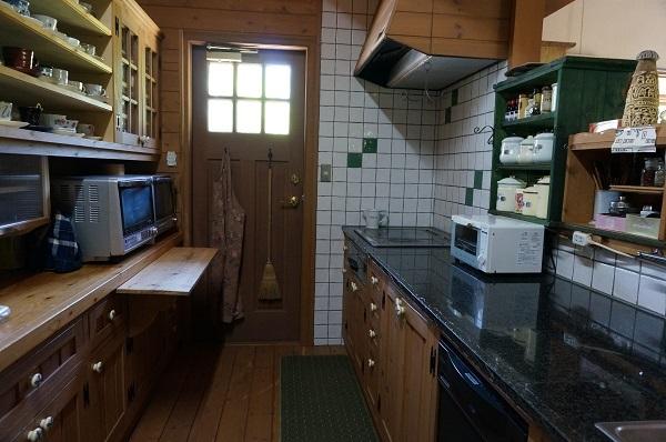 キッチンのIH故障_e0365880_21390648.jpg