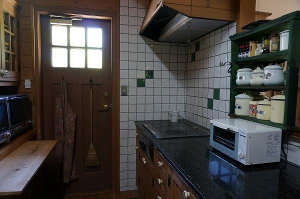 キッチンのIH故障_e0365880_21393521.jpg