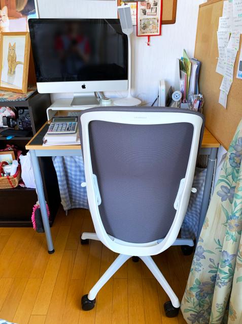 新しい椅子がやってきた_d0355333_22093167.jpg