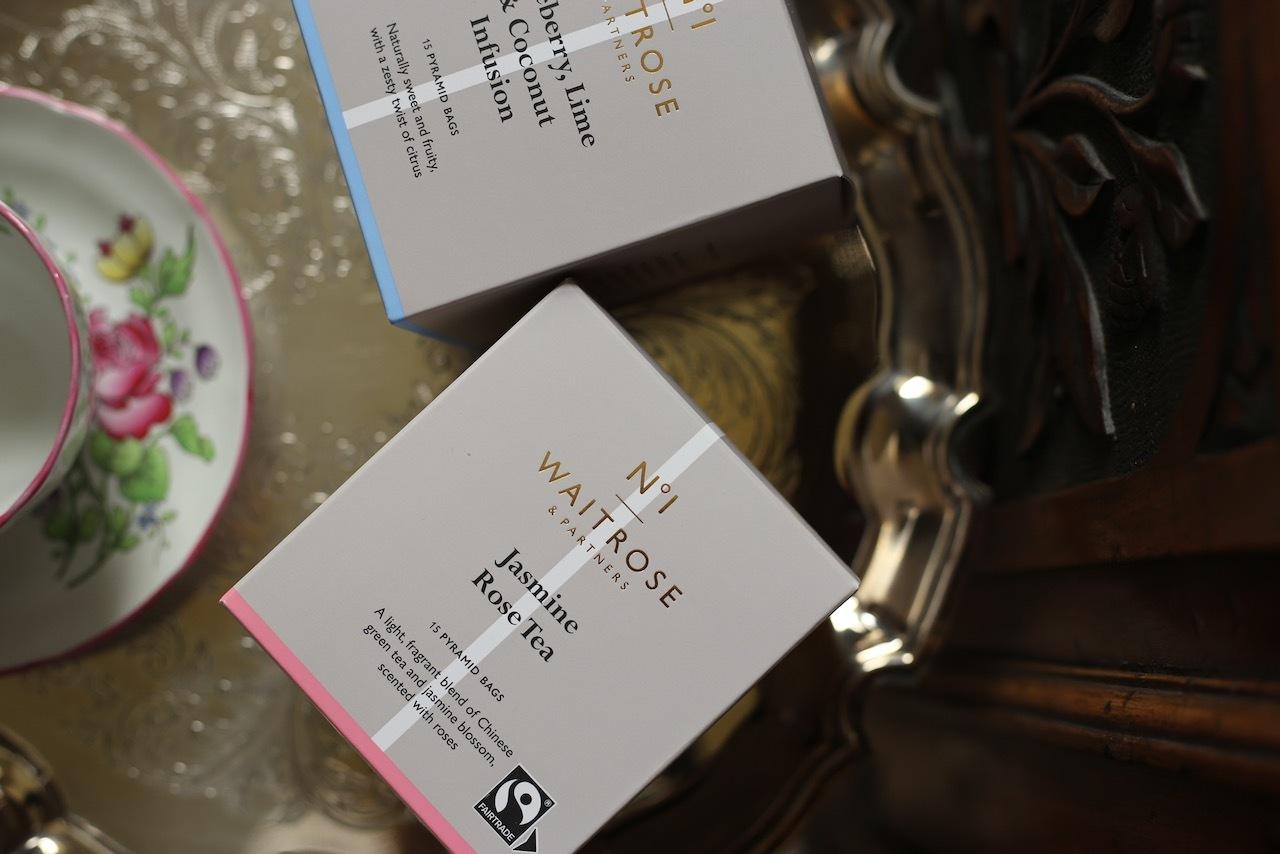 イギリス王室御用達のスーパー, ウィエイトローズの紅茶_f0380234_04505419.jpeg