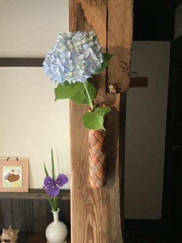 花を楽しむ器たち~6_d0336460_09530567.jpeg