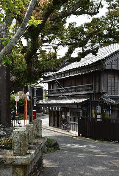 三重歴史街道「二見道」を行く_e0164563_09375547.jpg