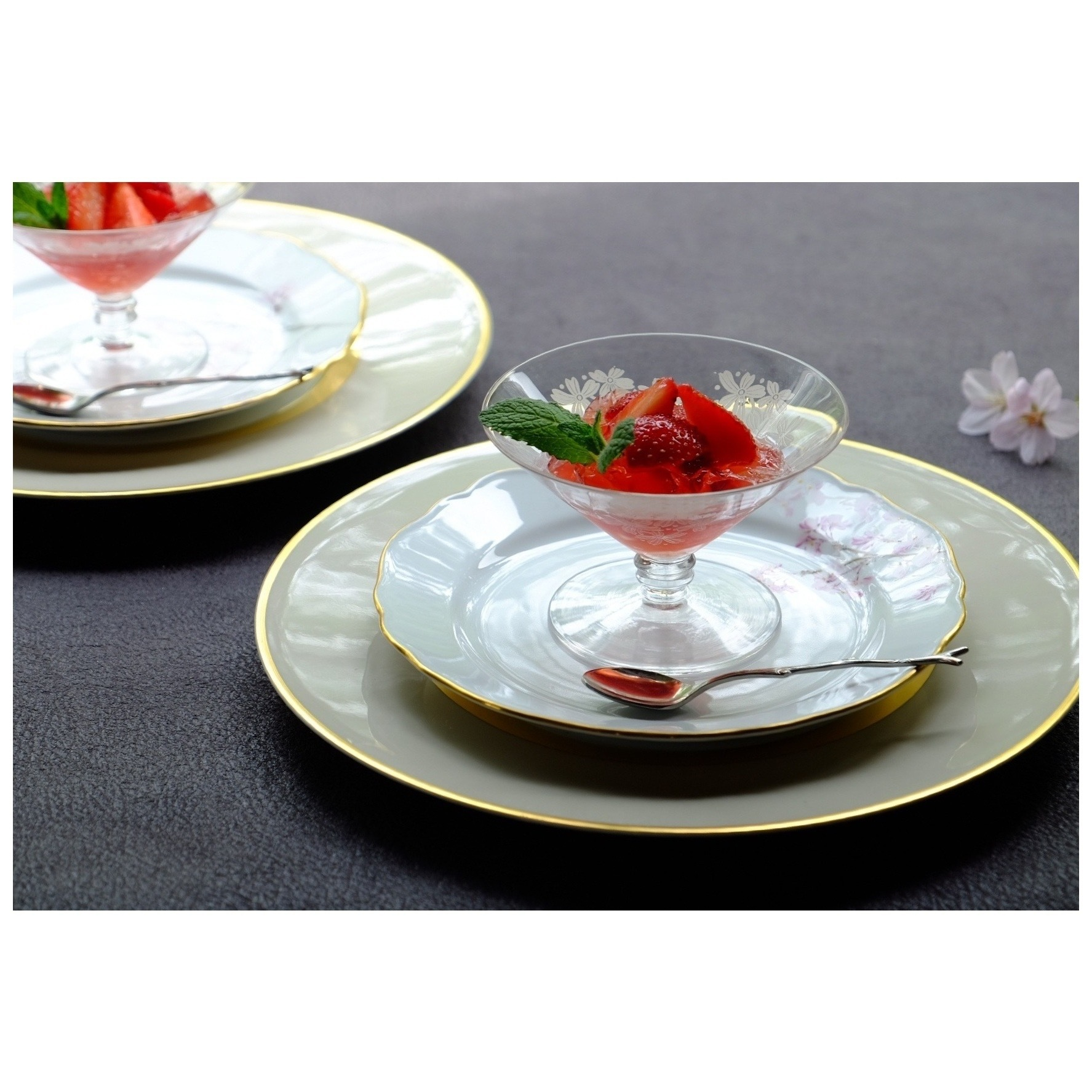 サンルイの桜のグラス_a0335867_11085534.jpeg