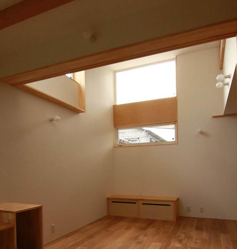 住宅密集地に建つ光あふれる開放感のある住まい 完成見学会_b0349892_15541702.jpg